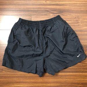 Nike Black Windbreaker Shorts Women's Medium